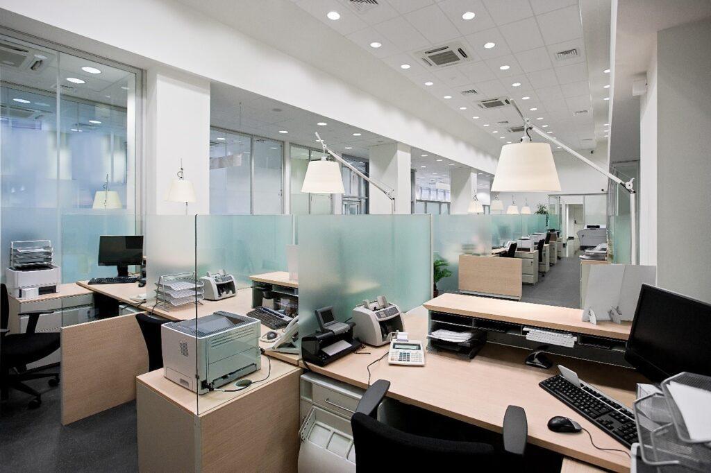 روشنایی دفتر کار
